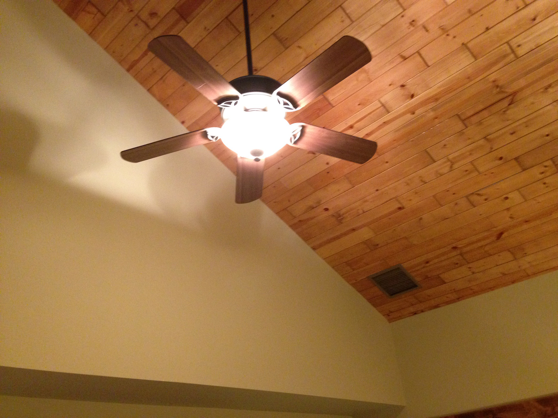 Vaulted Ceilings & Fan - Guest Bedroom